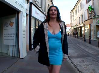 une femme mari�e habitant paris bais�e apres son boulot