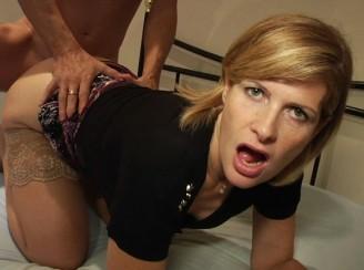 une femme medecin amatrice de sexe !!!