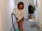 Vieux vicieux baise la femme de chambre