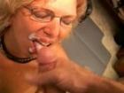 Elle se fait spermer � la gueule par son amant