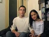 Jeune couple d'amateurs parisiens