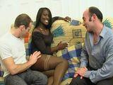 Africaine francaise prise par deux pervers