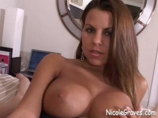 Une belle pénétration pour Nicole Graves